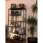 Фото стеллаж в гостиную в стиле Loft Frankwell