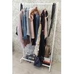 Вешалка для одежды в стиле Loft